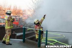 Einsatzleiter erkunden die Lage am Brandort.|Foto: CSH