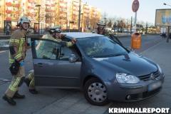Die Kameraden räumen die Unfallstelle.|Foto: CSH