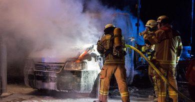 Erneut Fahrzeugbrände – Polizei ermittelt