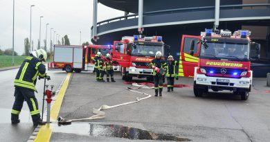 Brand im Kaufpark Eiche – Feuerwehr probt den Ernstfall