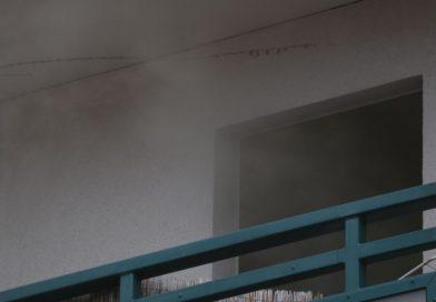 Brennender Papierkorb in Wohnung