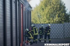 Die Feuerwehr musste die Garage gewaltsam öffnen.|Foto: DLB