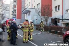 Feuerwehr und Polizei am Einsatzort.|Foto: CSH