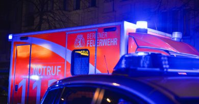 Verletzter Heranwachsender nach Angriff mit Messer