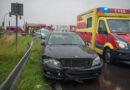 Mercedes-Fahrerin nach Unfall verletzt